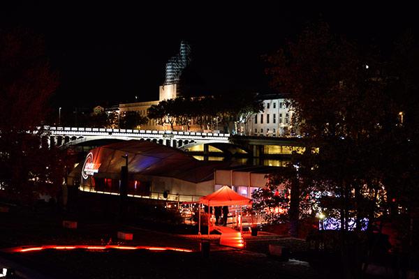 La Plateforme - Village de nuit